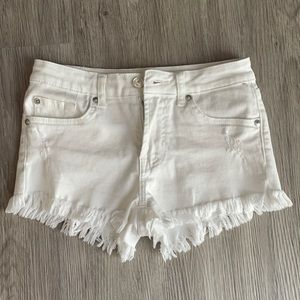 7 For All Mankind white frayed jean shorts size 14